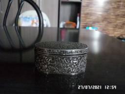 Título do anúncio: Vendo Porta jóias - Antiguidade em Estanho *