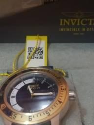 Relógio INVICTA novo dos EUA.