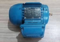Motores trifásicos novos 0,33 CV 1700 RPM