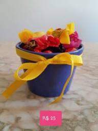 Kits de Páscoa mais doce - cachepot e chocolates