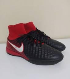 Chuteira Nike MagistaX