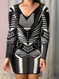 Vestido preto e branco tricô
