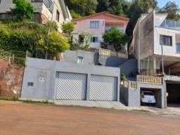 Título do anúncio: Vendo casa no centro a 400m da igreja Matriz