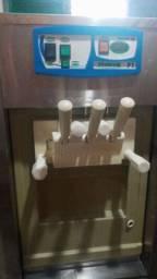 Máquina de Sorvete. *