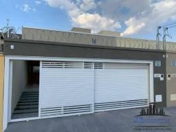 Casa com 3 Quartos à Venda, 150 m² por R$ 280.000