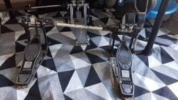 Pedal duplo Mapex Janus