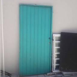 Portão de alumínio azul