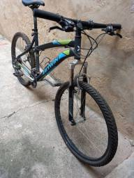 Bicicleta B-twin aro 26 21 marchas