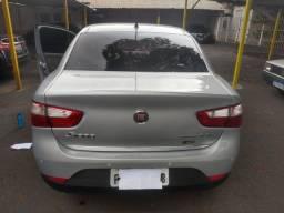 Fiat Gran Siena Essence 1.6 2012/2013