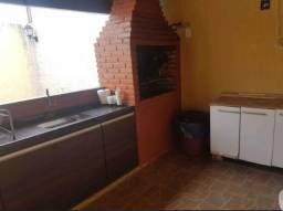 Casa de 2 quartos em Itaipu - Niteroi