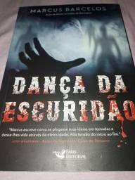 Livro Dança na escuridão do autor Marcus Barcelos