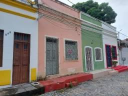 Alugo ótima casa no Sitio Histórico de Olinda