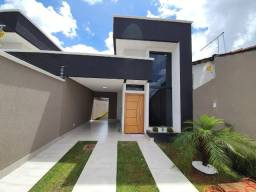 Linda Casa 3Q no Balneário Meia Ponte Acabamento Altissimo Padrão