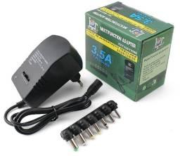 Fonte de alimentação universal com ajuste de voltagem com 7 plugs diferentes