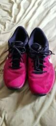 Tênis Nike Training Vermelho/Preto