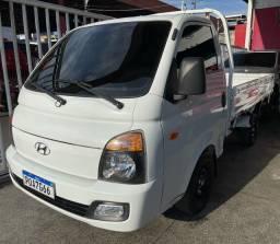 Título do anúncio: Vendo ou Troco Hyundai HR 17/18 Carroceria