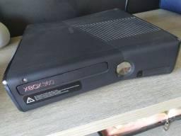 Xbox 360 c/ Kinect destravado em perfeito estado