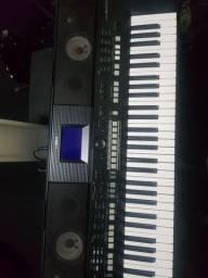 Teclado Yamaha psr s650 profissional