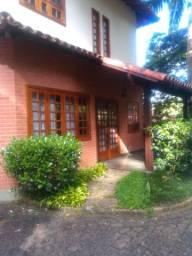 Casa em condomínio em Quebra-Frascos