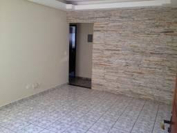 Vendo apartamento no bairro Tiradentes R$ 140.000,00