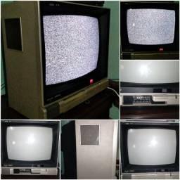 Tv  Philco - Hitachi Antiga funcionando