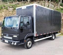 Ford Cargo 816 Baú Seco 2013