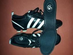 c98c0dbabb Chuteira de Couro Adidas Adipure 11pro Trx Fg Preta N°39 Nova