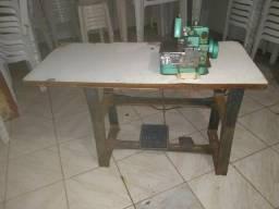 Máquina costura profissional