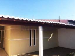 Casa no Bairro Jatobá com: - 3 quartos, sendo uma suíte //