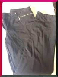 Calça preta, marca Cori, tamanho 42