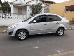 Fiesta sedan completo - 2012