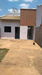 Alugo uma Casa