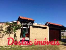 Casa com 02 quartos e grande quintal - Próxima a praia - Bracuhy - Angra dos Reis