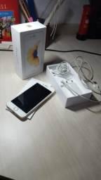 Iphone 6s dourado + fone + capinhas