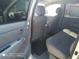 Hilux 3.0 4x4 carro extra - 2011