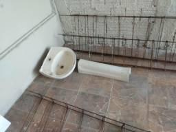 Pia e coluna para banheiro