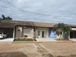 °Alugo casa de 3/4 em condominio 1.800 reais