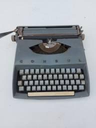 Máquina de escrever Consul