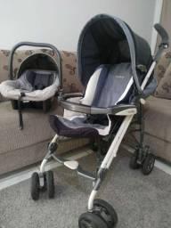 Carrinho de bebê e bebê conforto burigotto.