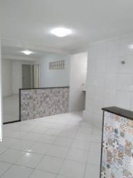 Alugo Apartamento 2/4 Bairro Brasil