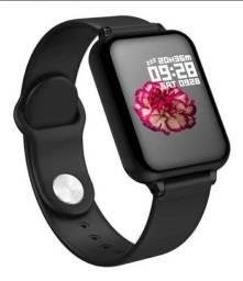 Relógio masculino Smartwatch B57 Homens Mulheres Ip67 Relógio À Prova D 'água