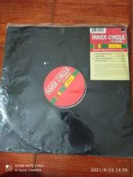 Título do anúncio: LP's Álbuns SINGLE'S importados diversos