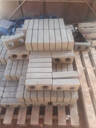 Vendo 5000 tijolos ecológicos em Taubaté.