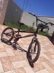 BMX CROSS MANACO