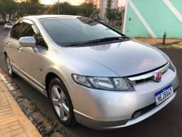 Honda Civic LXS 1.8 Completo Couro / Aceitamos trocas / Parcelamos em até 60x