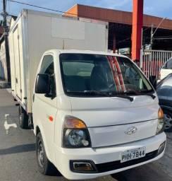 Título do anúncio: Vendo ou Troco Hyundai HR 16/16 com Baú Térmico