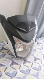 Frente da twister adaptado para outra moto