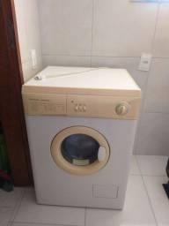 Máquina de lavar Electrolux - LAVA E SECA