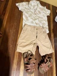 03 conjuntinhos + 01 camisa polo + 01 camisa jeans + 01 sandália e 01 sapatinho