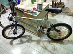 bicicleta cross aro 20 quadro em aluminio